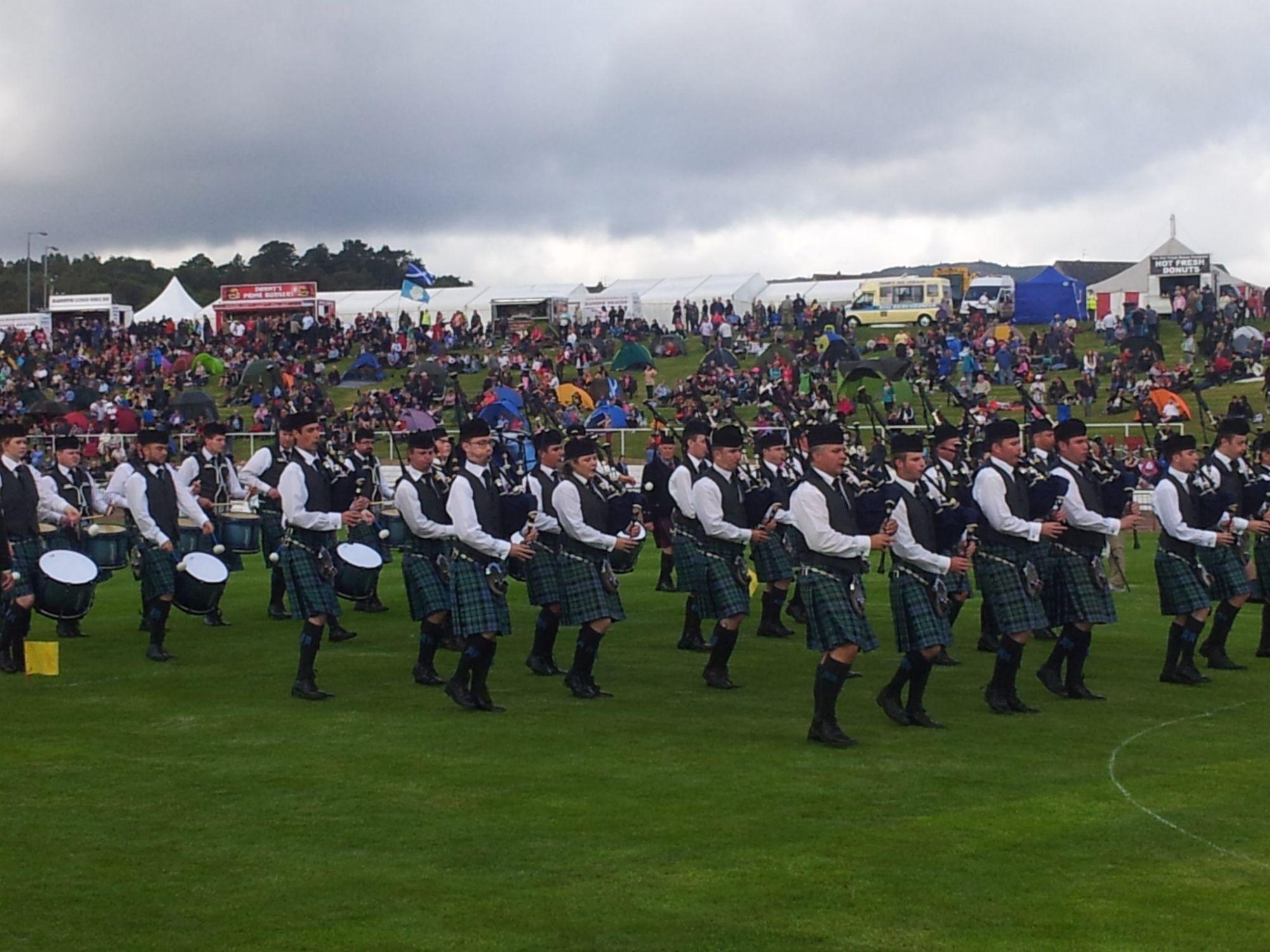 Inverary & District Pipe Band: Band Ties at Championship